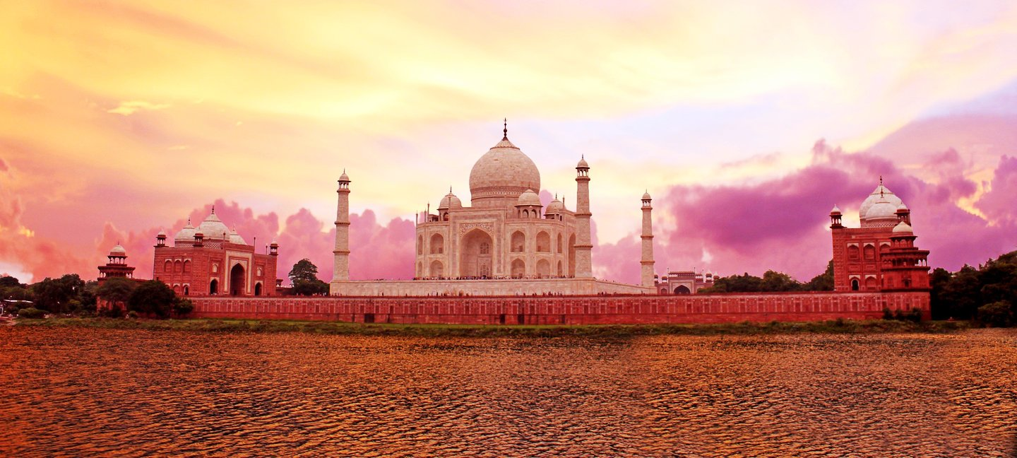 We bring you a list of top weekend getaways from Agra. Enjoy a quick escape away from the city and gift yourself a weekend full of joy and experience.