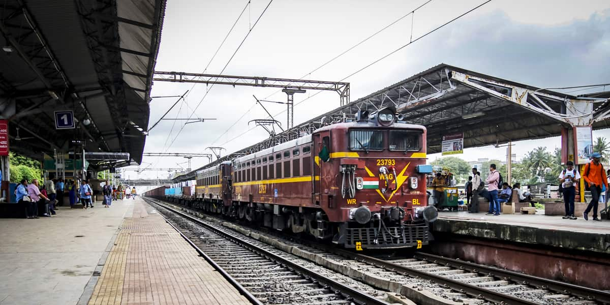 Indian Railway- Backpacking Guide to India