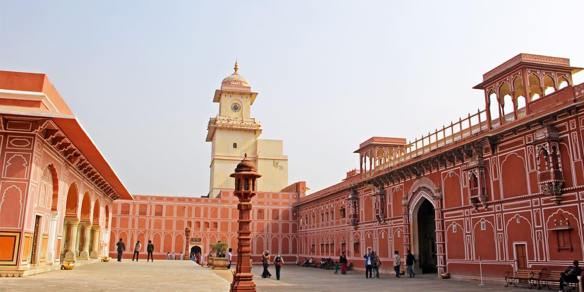 Jaipur- Backpacking tours- Hostel Hopping in rajasthan